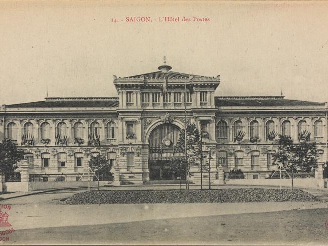 Vietnam-Saigon-Post-Office